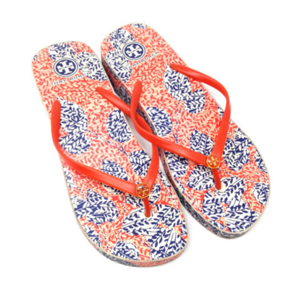 cdf85c43dbb677 Tory Burch Thandie Wedge Rubber Flip Flops Sandals.  M 5ad945a96bf5a6dfd58ad345
